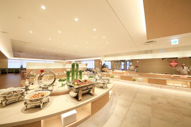 【早期45日前特典】~北海道モダン空間GreenTerrace~地場食材を使用したビュッフェ