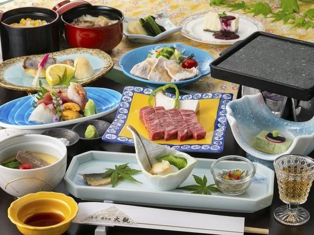 【旬彩会席「かきつばた」】2019年夏のお料理一例※内容は一部変更となる場合がございます。