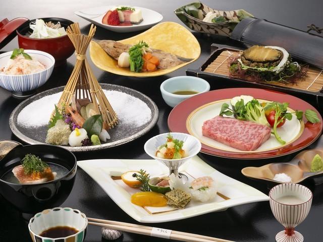 【うらら会席膳】2019年冬のお料理一例 ※内容は一部変更となる場合がございます。