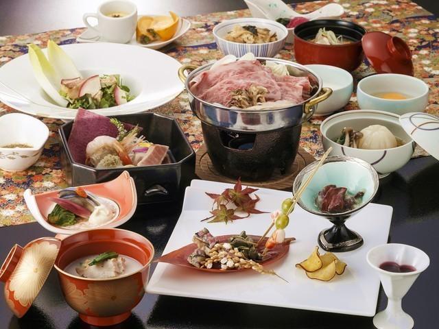 【うらら会席膳】2021年秋のお料理一例 ※内容は一部変更となる場合がございます。