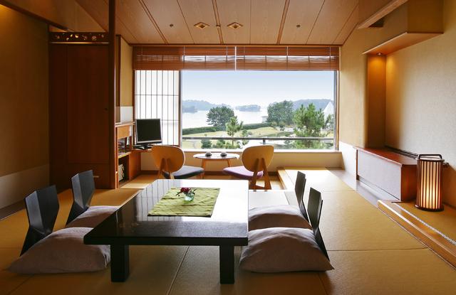 7,000坪の水上庭園と松島湾を一望できる「眺望和室」