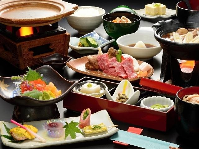 ■山形牛陶板焼会席膳/コク深い味わいと柔らかな舌触りが定評の山形牛を陶板焼きで! ※イメージ
