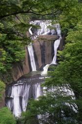 袋田の滝<新緑>