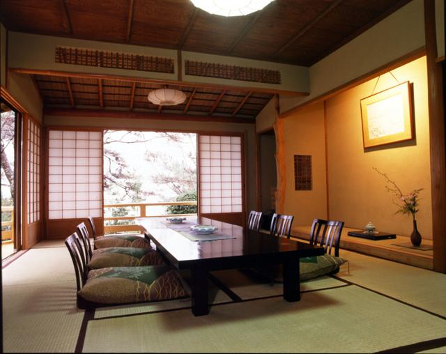 旧横山大観邸 特別室(居間)