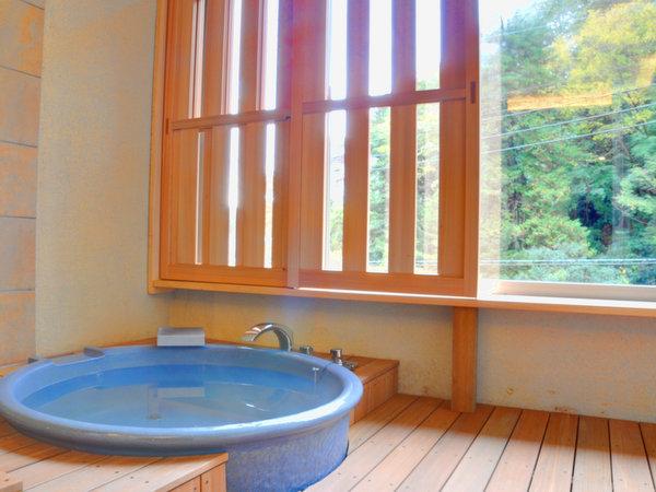 【温泉内風呂付き】ディナーバイキング☆熱々鉄板焼きと天ぷら 陶器の湯船で温泉を楽しもう♪