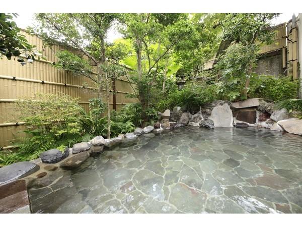 大浴場 露天風呂 岩風呂
