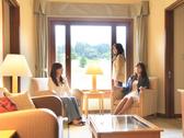 【フレンズルーム一例(約58㎡)】リビングを中心に4つのプライベート個室を配置