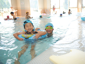 【プール&スパ】室内温水プールや子供用プールのほか、ジャグジー・サウナなどのリラクゼーションスパも!