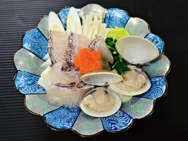 ■2019春・初夏【真鯛と越後クリーンポークの彩り会席】真鯛のハマグリ出汁しゃぶしゃぶ