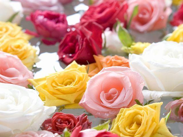 """【5月31日◆レディースデー】大浴場が""""バラ風呂""""に変身♪心身ともに癒される香りで優雅な一日"""