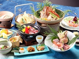 【夕食グレードUP】ちょっと贅沢に温泉でほっこり♪海鮮宝楽焼&旬のお料理!