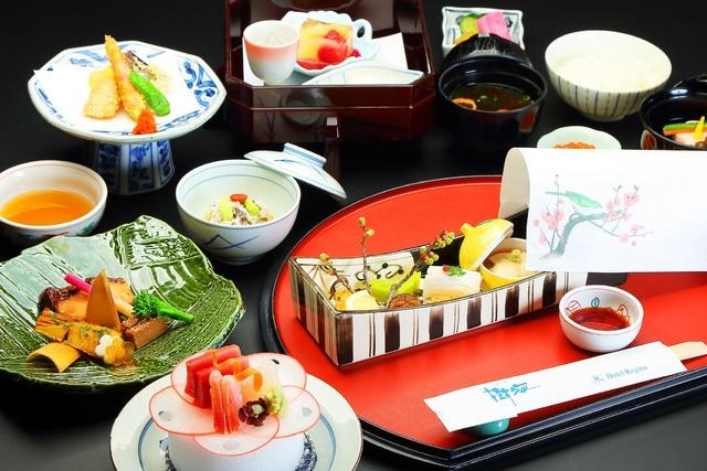 【ご夕食】懐石料理