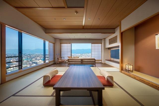 東の館10畳リビング付上級和室※写真は630号室のイメージです