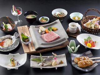 信州牛とアルプスサーモンの贅沢コース