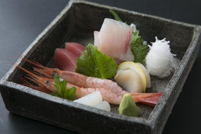 日本海【能生漁港】から直送の、新鮮な海の幸をお楽しみいただけます。