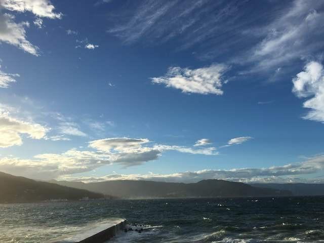 なびく海と空。壮大な景色を堪能できる全室海一望客室。