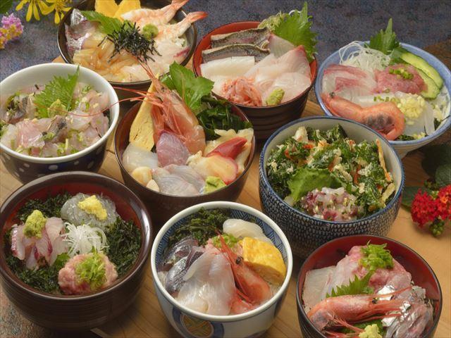 2017年『初島丼合戦』初島食堂街の海鮮丼※写真はイメージです。