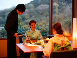【直前割】直前の予約でお得!10月平日限定プラン~夕食時讃岐うどん食べ放題付!