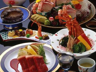 【個室食/ランクアップ】イセエビ姿造りとアワビ踊り焼き~饗宴会席