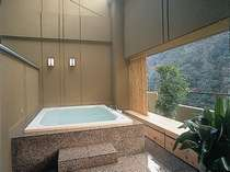 [royal suite] Exclusive outdoor bath. Starlit sky can enjoy view from the top floor and private hot spring, night, too.