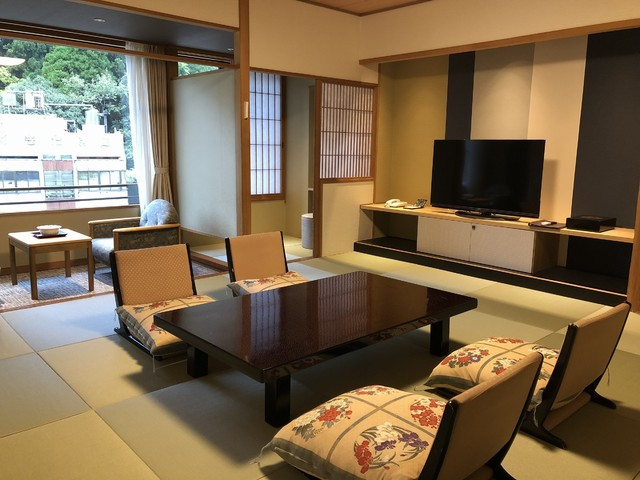 One renewal Japanese-style room which was reborn in modern atmosphere.