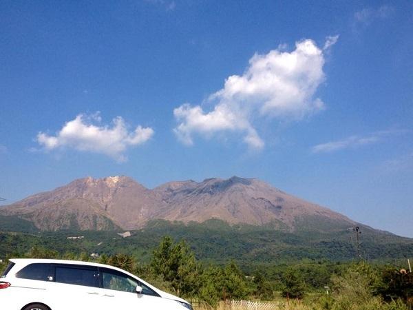 桜島|とっても穏やかな桜島と青い空を見ながら深呼吸しませんか?