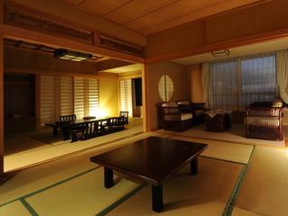 東館和室デラックスタイプ(8畳+10畳) ※東館最上階にございます。