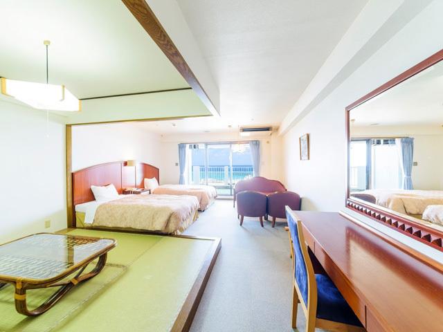 高層階 ツイン+4.5畳+キッチン 和洋室B  ご家族・ご友人と寛げる広々スペース